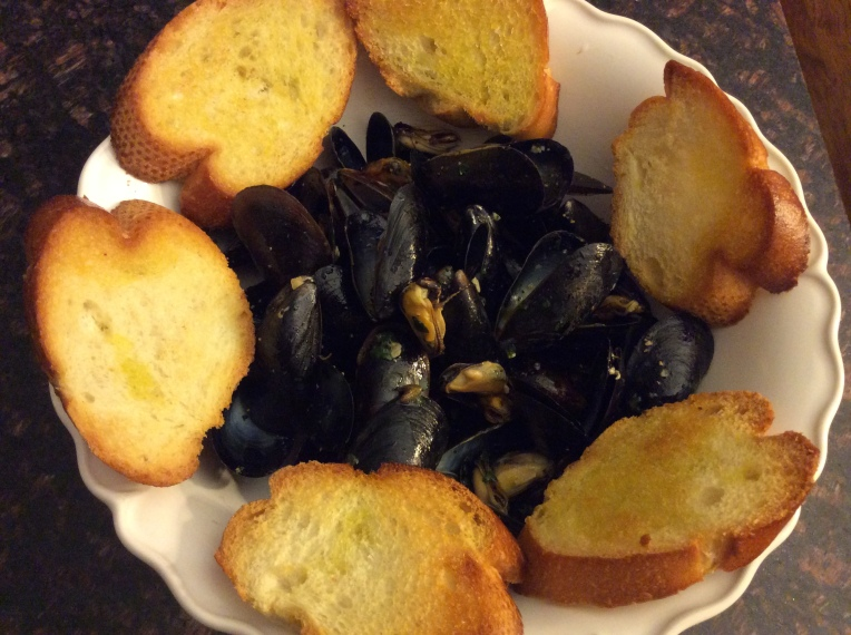 PEPPERED MUSSELS (IMPEPATA DI COZZE)